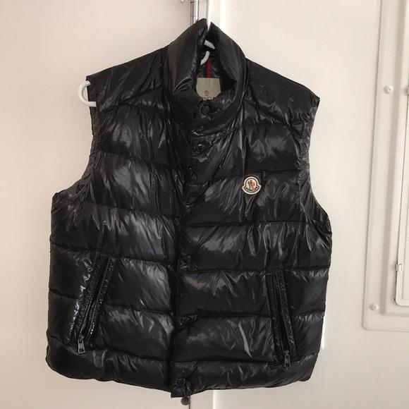 6d75ebf4123 Moncler Jackets & Coats   Mens Puffer Vest Size 2   Poshmark
